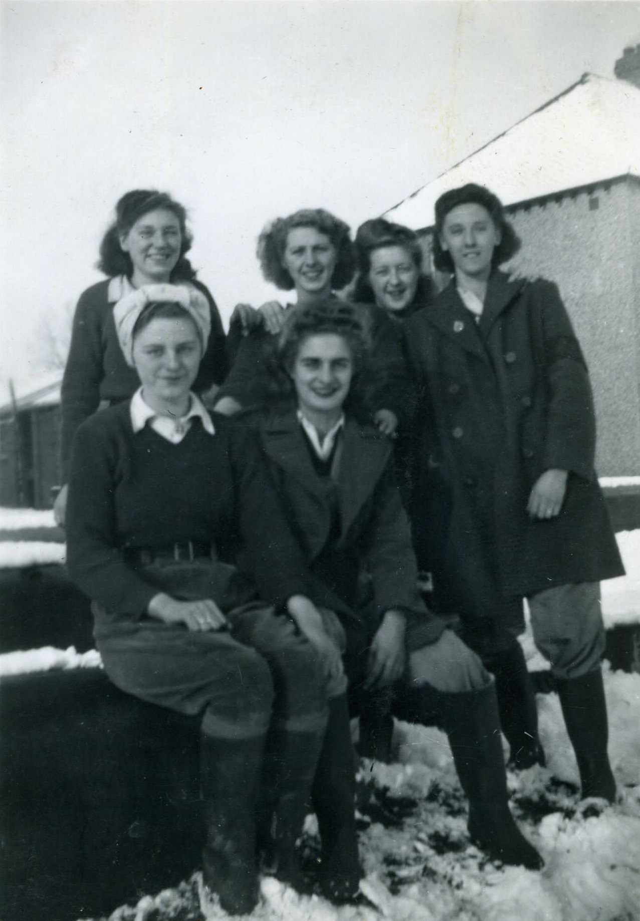 Land Army Girls in Snow outside the Braunston Hostel