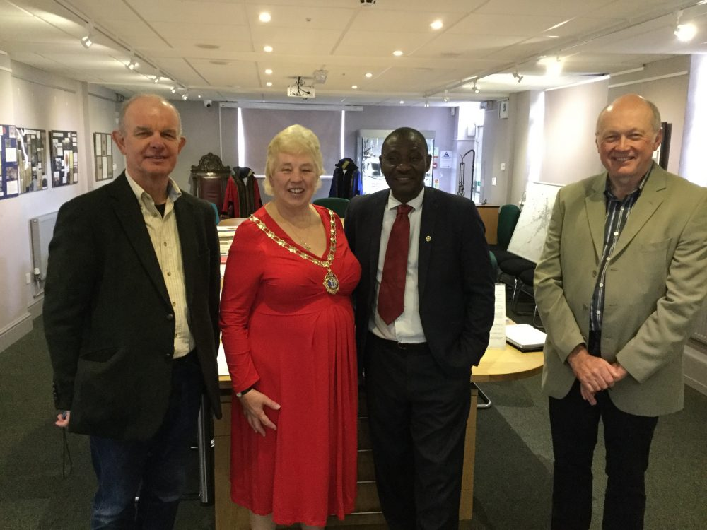 Image of Lynn Jones, Mayor of Daventry meeting with Cllr David Balaba, Mayor of Iganga Municipal Council, Uganda, in the Town Council Chamber and Daventry Museum